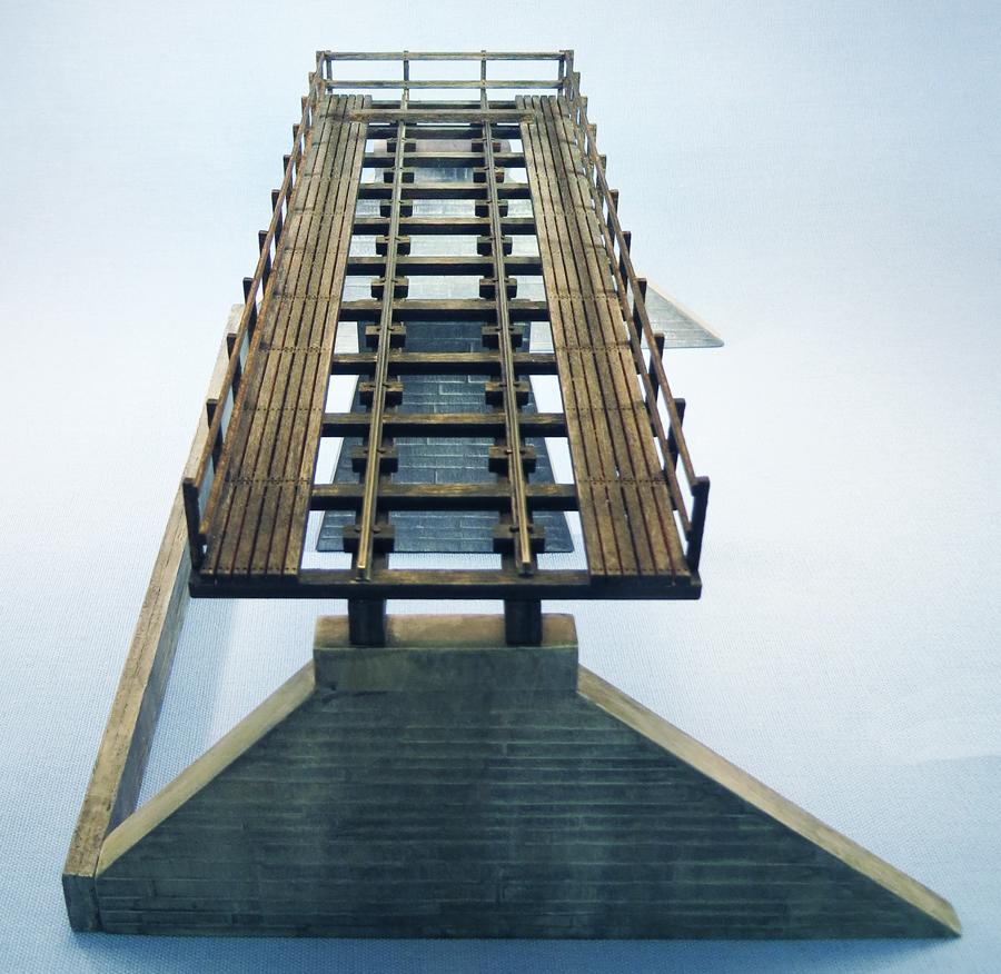 trestle-top-sm.jpg